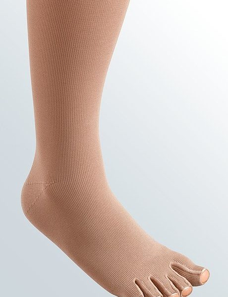 Medi Germany Mediven 550 Compression Stockings with Toe Cap